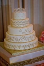 Regal Old World Couture Cake Stand via Cake It Up, LLC photo: The Artist Group
