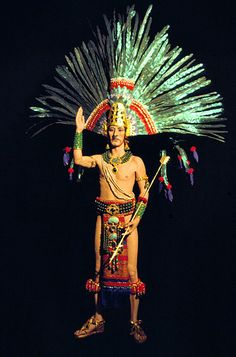 Richly coloured clothing, architecture, ceremonial knives, head dresses - many things were adorned with jewels and feathers. (Aztec art & architecture)