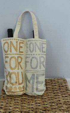 Perfect for all those summer get-togethers! Our Hand painted canvas Wine Tote is the right combination of fashion meets function- carry two bottles of wine (or other booze) in style! by TwoStylishSisters on Etsy