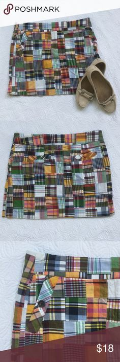 "🆕 J.Crew madras patchwork mini skirt Super fun and perfect for so many occasions! Size 8. 100% cotton. Waist approx. 16 1/3"" across. Length just shy of 15 1/2"". J.Crew Skirts Mini"