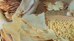 Tour gastronomico della Sardegna: scopriamola attraverso i suoi piatti.    È uno dei sette vizi capitali, il peccato di gola, forse l'unico a cui nessuno di noi riesce a dire di no quando si trova di fronte al suo piatto preferito. Mangiare, si sa,
