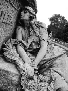 Mourning green woman statue in Greenwood Cemetery in NY Not Rodin, but still strong work(wkb) Cemetery Angels, Cemetery Statues, Cemetery Headstones, Old Cemeteries, Cemetery Art, Angel Statues, Graveyards, Greenwood Cemetery, My Champion