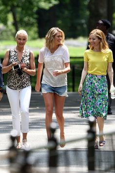 "Cameron Diaz looked lovely as she filmed scenes for ""The Other Woman"" with Kate Upton and Leslie Mann in Central Park, NYC on June 27, 2013."