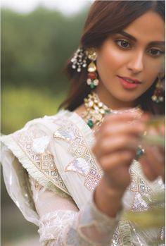 Iqra Aziz's latest Photo Shoot with fiancé Yasir Hussain – The Odd Onee Pakistani Wedding Outfits, Pakistani Girl, Pakistani Actress, Bridal Outfits, Pakistani Couture, Indian Photoshoot, Bridal Photoshoot, Desi Wedding, Wedding Wear