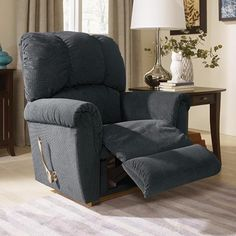 Whether you're looking for a cozy recliner to curl up with your babe, or a timeless design that doubles as a piece of art, there's the perfect rocker out there for you. Hanging Swing Chair, Swinging Chair, Cool Chairs, Table And Chairs, Comfy Armchair, La Z Boy, Timeless Design, Recliner