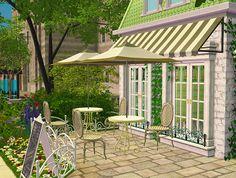 simper fi, The aptly-named Il Cafè Verde (although I should...