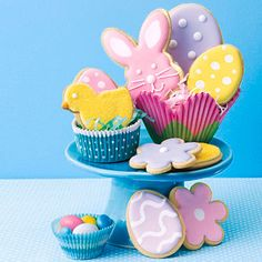 Fill your Easter baskets with our homemade buttery Pecan Shortbread Easter Cookies. Make these goodies extra special with royal icing,...
