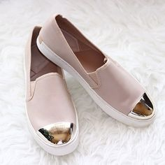 love this shoes <3