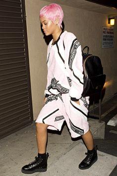 badgurlrihanna: Rihanna arriving at a recording studio in LA
