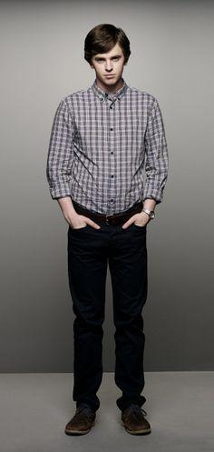 Freddie Highmore as Norman Bates Bates Motel Season 2, Bates Motel Tv Show, Max Thieriot, Norman Bates, Freddie Highmore Bates Motel, Bates Hotel, Olivia Cooke, Nicola Peltz, Shaun Murphy