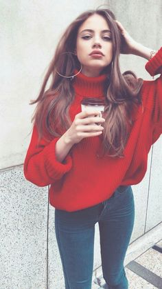 Here is Sweater Outfits for you. Sweater Outfits white sweater outfits every fashion girl is wearing. Sweater Outfits picture of comf. Fall Winter Outfits, Autumn Winter Fashion, Summer Outfits, Mode Outfits, Casual Outfits, Outfits With Red, Purple Outfits, Classy Outfits, Look Boho
