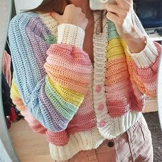 Cute Crochet, Beautiful Crochet, Crochet Crafts, Crochet Projects, Crochet Top, Crochet Cardigan Pattern, Crochet Patterns Amigurumi, Knitting Patterns, Rainbow Cardigan