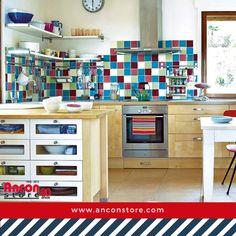 #Ideas | ¿Te imaginas una cocina estilo vintage? ¿Lo ves casi imposible en tu hogar? Aquí te compartimos una serie de consejos simples para que, con pocos cambios, viajes a través del tiempo cada vez que pises ese espacio.  http://www.micasarevista.com/cocinas/cocina-decorada-con-un-divertido-guino-vintage