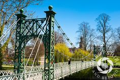 Photo Early morning mist over English Bridge and the River Severn in Shrewsbury, Shropshire, England. - Shropshire and Beyond Picture Library Shrewsbury Shropshire, River Severn, George Washington Bridge, Early Morning, Brooklyn Bridge, Painting Inspiration, Mists, England, Urban