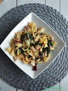Lasagna, Pasta Salad, Cantaloupe, Fruit, Ethnic Recipes, Food, Crab Pasta Salad, Essen, Meals