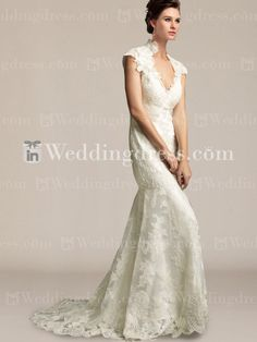 Charming beach lace wedding dress! A sophisticated design with beautiful details. Lace overlay with exquisite motifs creates an elegant and romantic look.