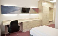 Bei uns in den Reduce Kurhotels genießen Sie drei Wochen lang den Komfort eines modernen Einzelzimmers mit Dusche, WC, Radio, Telefon, TV sowie selbstverständlich ein rauchfreies Raumklima. #Badtatzmannsdorf #Kurhotels #Gesundheit #Therme