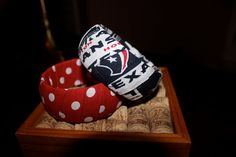 Houston Texans bangle on Etsy, $10.00....would be super easy to make!