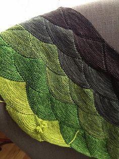 Aranami Shawl by Olga Buraya-Kefelian. malabrigo Sock, Lettuce, Ivy, Alcaucil, Chocolate Amargo colorway.