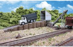 Walthers Cornerstone HO Scale Building/Structure Kit Truck Dump/Transfer