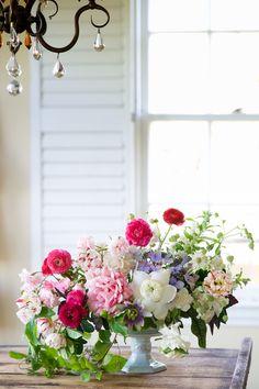 White Lotus / Kiana Underwood / tulipina.com | Photography: Nathan Underwood / nruphoto.com