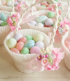 beautiful candy favour baskets at Jessica Enig such pretty things blog.