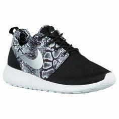 12c872fb8fb71 Women s Nike Roshe One Print Casual Shoes