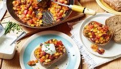 Gemüse-Chili con Brötchen