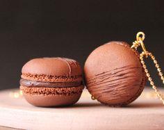 Macaron necklace, handmade macaron, polymer clay macaron, polymer clay necklace, miniature food jewelry, handmade necklace, cute necklace