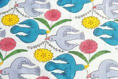 鹿児島睦デザイン/ハンカチ/鳥と花(カラー)の画像