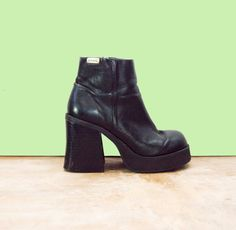 90s Black Chunky Platform Ankle Boots Womens 1990s black grunge 90s / Goth / Motorcycle Biker - http://www.etsy.com/listing/183857949/90s-black-chunky-platform-ankle-boots?ref=sr_gallery_5ga_search_query=chunky+bootsga_ship_to=ISga_page=15ga_search_type=allga_view_type=gallery