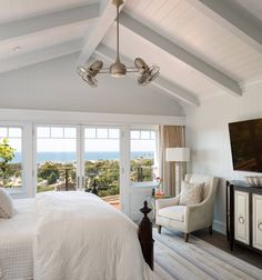 Gorgeous transitional style home in San Diego with inviting interiors. (Image Courtesy of Anne Sneed Architectural Interiors) Transitional Living Rooms, Transitional House, Transitional Lighting, San Diego, Transitional Fireplaces, Invitation, Cottage, Cozy Room, Modern Room