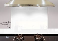 Made to measure coloured glass splashbacks for kitchens and bathrooms. Splashbacks can be made to match your wall colour or compliment your kitchen White Kitchen Backsplash, White Kitchen Cabinets, Floor Colors, Wall Colors, Hob Splashback, Coloured Glass Splashbacks, Modern Bar, Colored Glass, Home Remodeling