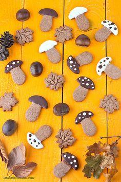 Chestnut cookies with chocolate - frollini autunnali alle castagne e cioccolato by La tana del coniglio