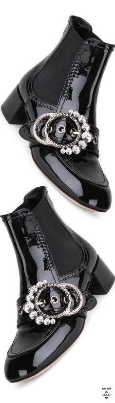 UGG Australia Gray Bailey Button Ii Suede Shearling Fur Flat BootsBooties Size US 9 Regular (M, B) 17% off retail
