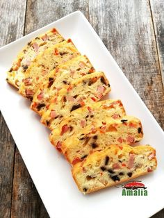 Chec aperitiv Something Sweet, Quiche, Bacon, Good Food, Appetizers, Pizza, Breakfast, Hip Bones, Cook