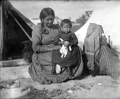 Makah woman and child with puppy, Port Townsend, ca. 1900 UW Library Collection