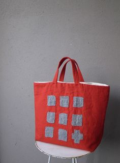 Collage bag of cloth and needlework