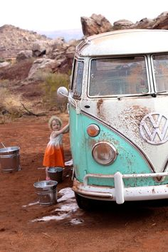 Southpoint Volkswagen serving Baton Rouge LA, New Orleans LA, Hammond, and Metairie LA. Volkswagen Bus, Vw T1, Volkswagen Beetles, My Dream Car, Dream Cars, Vw Minibus, Vw Caravan, Olive Uses, Combi T1