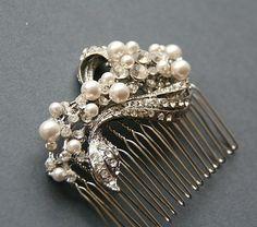 vintage style bridal crystal & pearl wedding hair comb