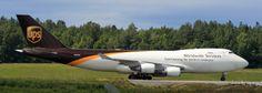 UPS_747_taxiing_at_Anchorage_airport.jpg (3007×1083)