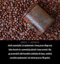 Jeżeli zauważyłaś, że opakowanie z kawą przez długi czas było otwarte to z pewnością uleciał z kawy aromat. Aby go ...