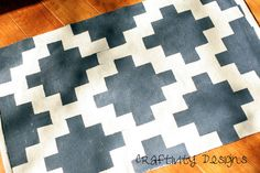 Craftivity Designs: A Painted Rug for the Entry Way