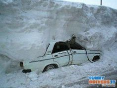 Do not let the car out When it snows ... | FunnyDrivers.it