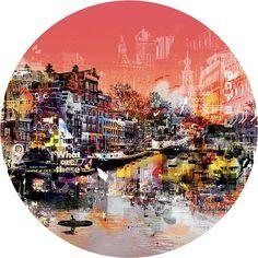 Groot origineel (rond!) werk van Paco Raphael uit de expositie 'Plain at Heart' in Kunsthuis Amsterdam. Met een mix van digitale manipulatie, grafische vormgeving, verf- en sjabloontechnieken geeft de kunstenaar een heel eigen dimensie aan de zaken die we dagelijks om ons heen hebben, van schilderij tot meubel, mode en sculpturen. Stoere, ongepolijste energie van […]