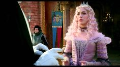 Loved this dress <3 Mirana, The White Queen, Alice Through the Looking Glass.