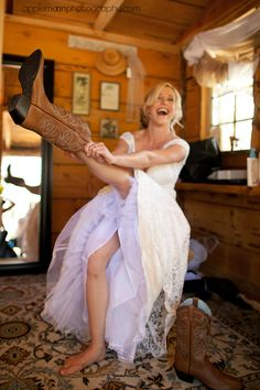 Cowgirl bride {San Luis Obispo Wedding Photographers}. #westernwedding #countrywedding #cowboyboots