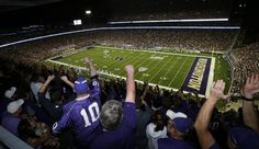 University of Washington #Huskies Football