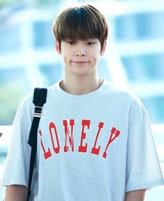 i love you this much that i have to sacrifice myself Jaehyun Nct, K Pop, Jung Yoon, Valentines For Boys, Jung Jaehyun, Na Jaemin, Winwin, Dimples, Photos Du