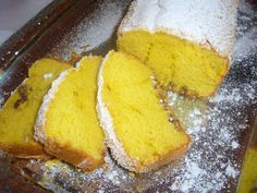Chec cu nuca de cocos Cornbread, Muffins, Food And Drink, Sweets, Ethnic Recipes, Desserts, Millet Bread, Sweet Pastries, Gummi Candy